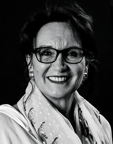 Dame Schwarz/weiss vom Team