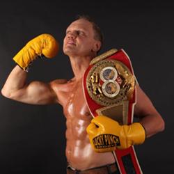 Boxer mit Gewinngürtel